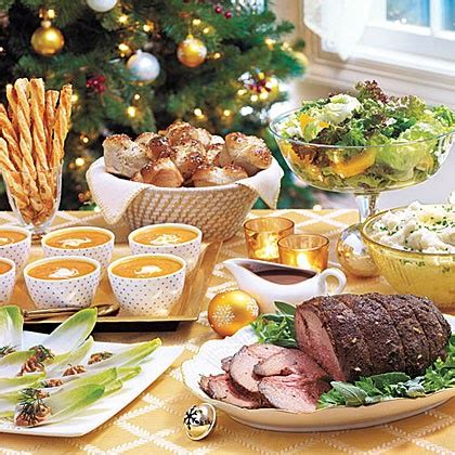 The meals are often particularly rich and substantial, in the tradition of the christian feast day celebration. American Christmas Dinner : What Christmas Eve Dinner ...