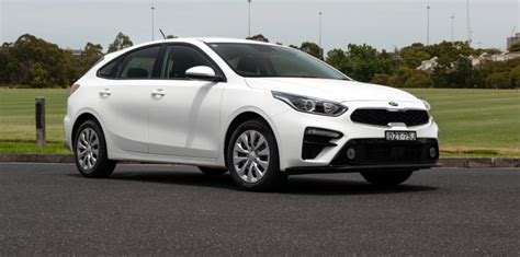 kia cerato hatch range review