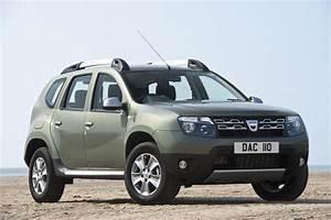4 4 Dacia : 2015 dacia duster facelift for uk market unveiled autoevolution ~ Gottalentnigeria.com Avis de Voitures