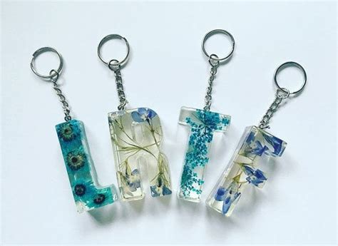 blue initial pressed flower resin letter keyrings keychains party favours wedding favours