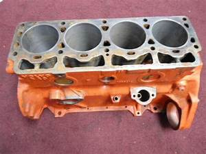 462653  Cylinder Block  See Details  Volvo Penta Aq130