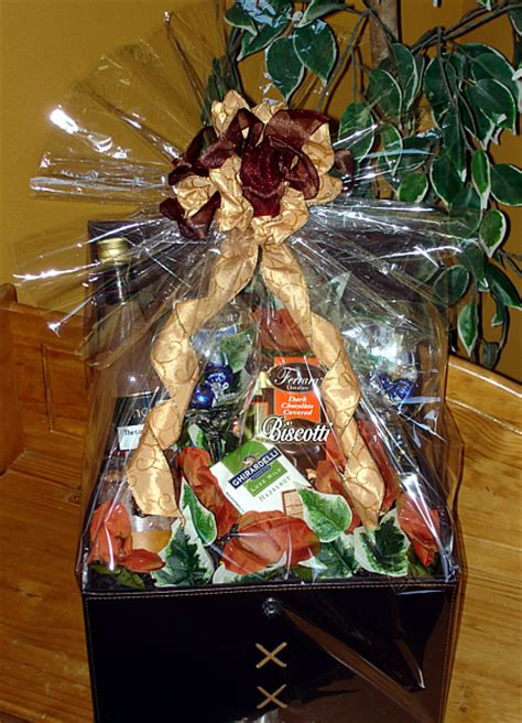 corporate gift baskets charlenes baskets bows seattle