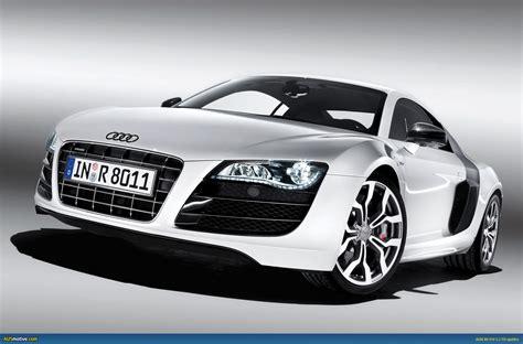 Ausmotive.com » Audi R8 V10 Breaks Cover
