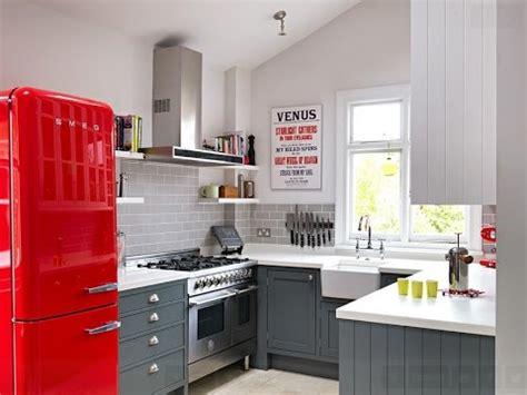 small kitchen design images decoraci 243 n de interiores casas peque 241 as modernas 5436
