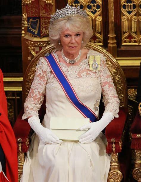 queens speech duchess  cornwall glitters  queen