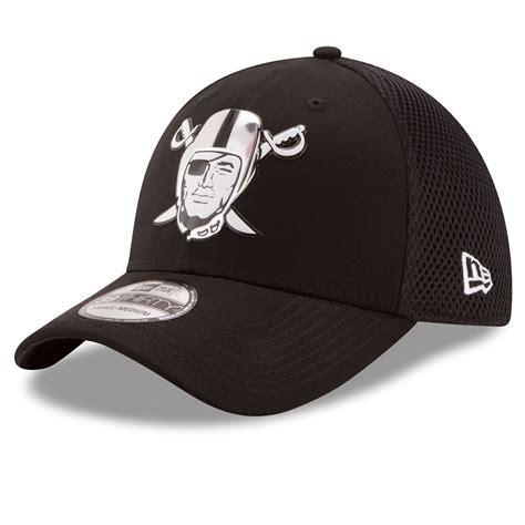 Raiders New Era 39Thirty Chrome Pirate Cap