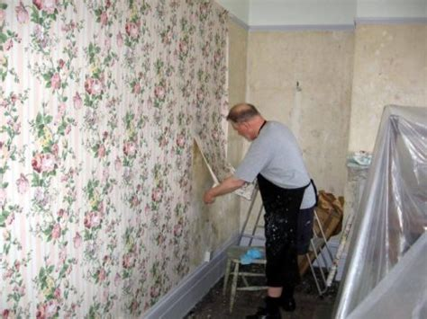 the best way to remove wallpaper the homebuilding remodel guide
