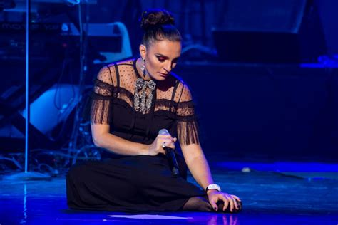 Jūrmalā uzstāsies populāra dziedātāja Jeļena Vaenga - Ziņas - Biļešu Serviss
