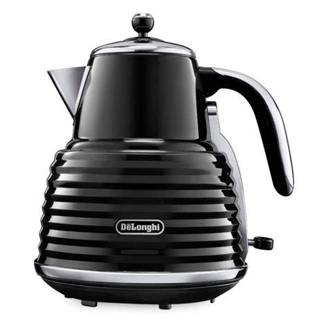 delonghi toaster and kettle de longhi scultura 4 slice toaster and kettle bundle