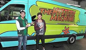 One Direction's Scooby Doo tour bus that cost £70,000 to ...