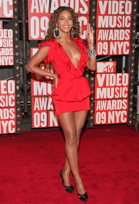 Every Single Outfit Beyoncé's Ever Worn To The VMAs (Ever ...
