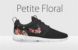 Floral nike roshe run, black and white nike floral roshe ...