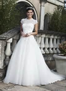 style 3733 tulle a line dress with a sabrina neckline sincerity bridal - Prinzessinen Brautkleid