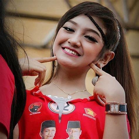 Unduh lagu gratis, lagu gudang mp3 indonesia, lagu barat terbaik. Kumpulan Lagu Jihan Audy Terbaru DOWNLOAD MP3 Lengkap (update 2020) | PANDAWA MUSIK MP3