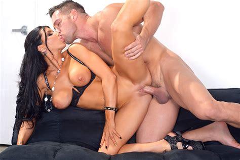 Romi Rain & Johnny Castle in Naughty Office - Naughty America 4K Porn Videos