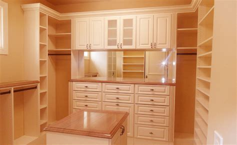 Custom Storage Solutions in Florida   Closet Doctor