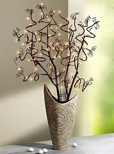 Künstliche Zweige Für Bodenvase : die besten 25 korkenzieherhasel deko ideen auf pinterest weihnachtsschmuck ikea ikea ~ Orissabook.com Haus und Dekorationen