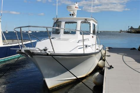 American Boat Sales Newburyport Ma by American Marine And Boat Sales Used Power Boats For Sale