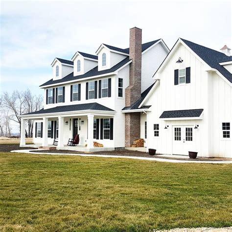 white farmhouse exterior best 25 white farmhouse