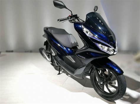 Honda Pcx Electric Image by Top 5 Electric Two Wheelers At Auto Expo 2018 Coming In