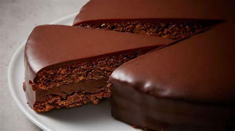 moule de cuisine recette de gâteau d 39 anniversaire au chocolat doux de