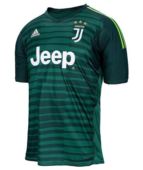 Divisa Portiere by Divisa Portiere Juventus 2018