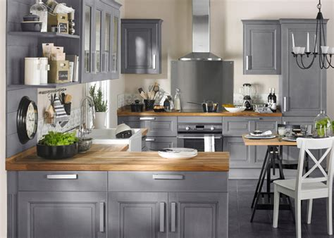 cuisine gris bois extraordinaire cuisine gris bois vue piscine and home