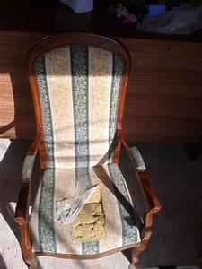 Fauteuil Style Voltaire : fauteuil de style voltaire avant ~ Teatrodelosmanantiales.com Idées de Décoration