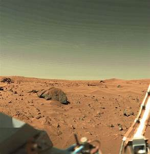 NASA Witness Sees Guys Walk Over to Viking lander on Mars ...