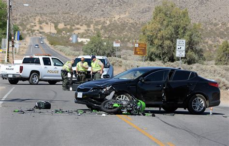 Vv Daily Press Car Accident.Authorities Identify Man
