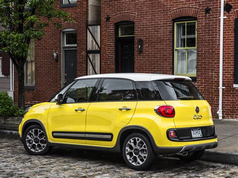 Fiat 500l Photo by Fiat 500l Picture 101157 Fiat Photo Gallery Carsbase