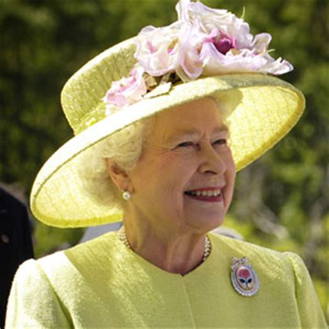 queen elizabeth ii dead  monarch killed  celebrity