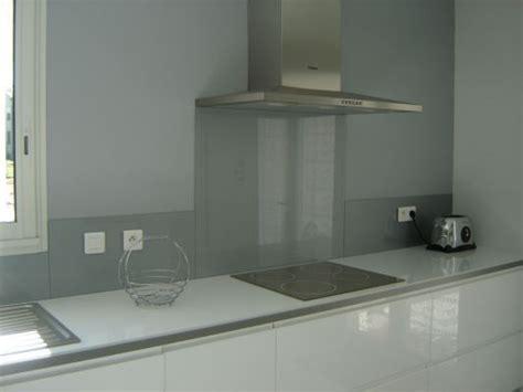 credence cuisine en verre design credence en verre cuisine rnovation de crdence de cuisine en verre laqu aluminium paillete