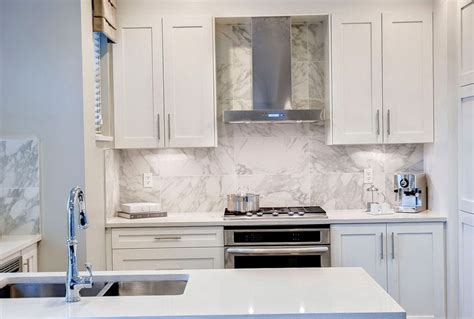 large format tile backsplash home design ideas