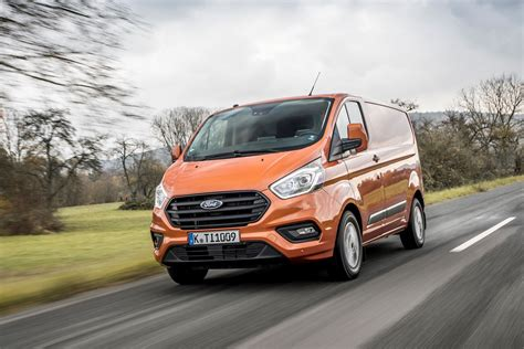 2019 Ford Transit Awd by New Ford Transit Custom For 2018 Info And Pictures Of