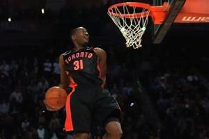 Total Pro Sports Terrence Ross's Slam Dunk Contest ...
