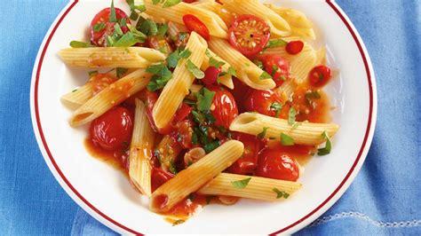 Rezepte: schnelle, leichte Hauptgerichte - [ESSEN UND TRINKEN]