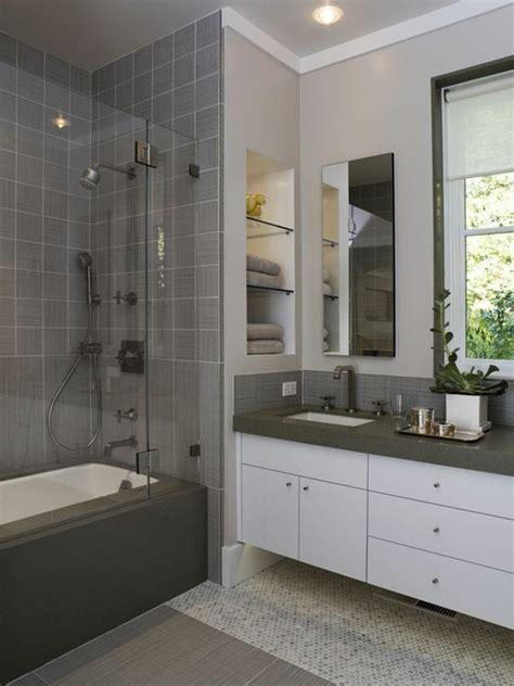 kleines bad einrichten glaenzende ideen fuers badezimmer