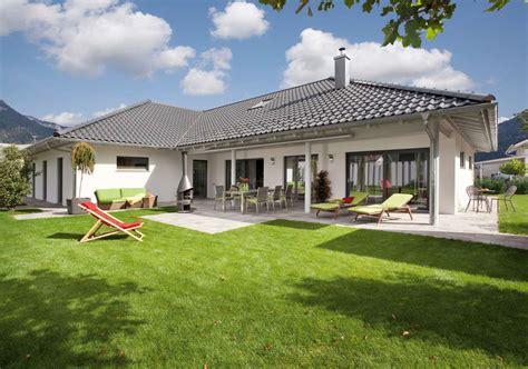 schw 246 rer haus bungalow in l form kundenhaus