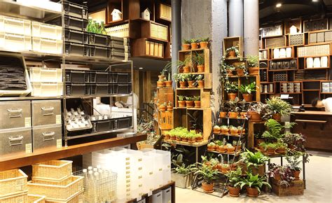 Muji Opens Its Largest American Store Wallpaper