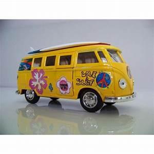 Combi Vw Hippie : 17 best images about combi volkswagen hippie on pinterest cars surf and vw bus t1 ~ Medecine-chirurgie-esthetiques.com Avis de Voitures