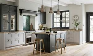 Smooth Painted Shaker doors Florence Graphite & Light Grey