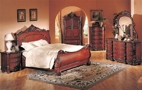 Formal Cal King 4pc Bedroom Set Cherry Finish  Hot Sectionals