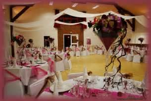 chocolat de mariage décoration mariage blanc et chocolat idées et d 39 inspiration sur le mariage