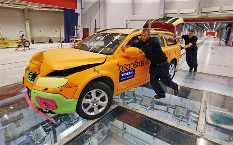 Phoenix Arizona Take Heed, Volvo Says No More Auto