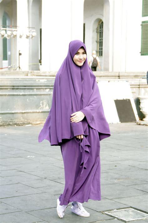 hijab syar i bikin zaskia mecca makin cantik dream co id