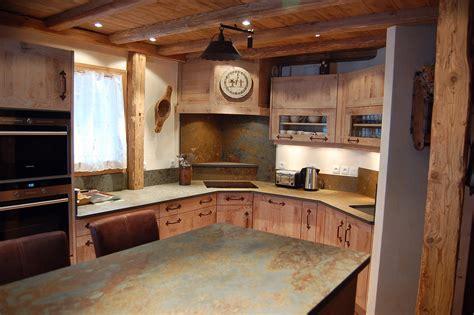 cuisine en vieux bois cuisines artisanales choisissez atre et loisirs à chambéry