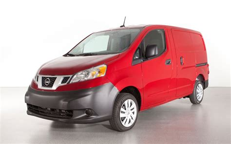 2014 Nissan Nv200 Minivan Reviews, Specs And Price