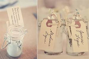 wedding guest favors that don39t disappoint onewed With unique wedding favors ideas