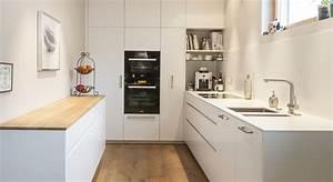 Arbeitsplatte Küche Eiche : k che weiss mineralwerkstoff eiche firmenk che ~ A.2002-acura-tl-radio.info Haus und Dekorationen